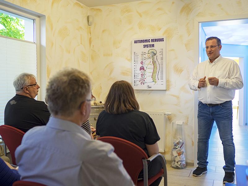 Gesundheitsforum für Amerikanische Chiropraktik in der Chiropraxis Kukuk